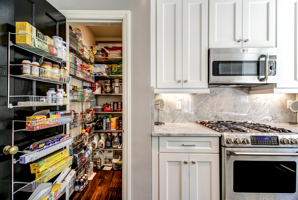 Walk In Pantry With Elfa Shelving
